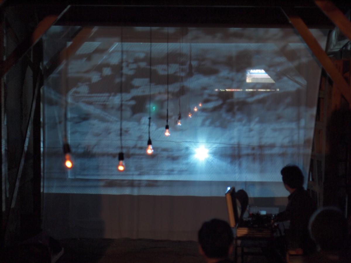 蔵のキヲク展映像パフォーマンス