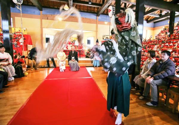 1 一般の部 最優秀賞 高杉 栄三郎 獅子が舞う